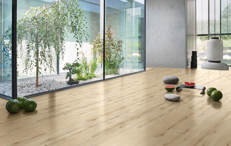 Designboden mit Holzdekor bei Holz-Wiegand in Würzburg.