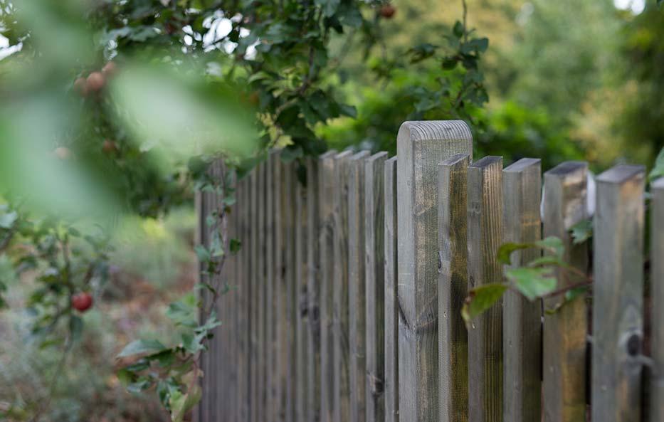 Zäune aus Holz für Deinen Garten oder Vorgarten von Holz-Wiegand in Würzburg.