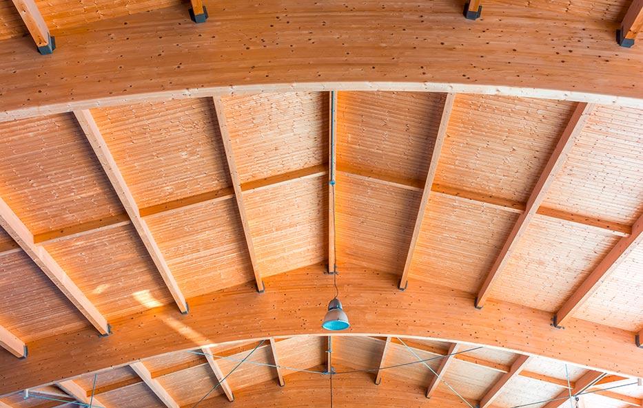 Brettschichtholz in bester Qualität findest Du bei Holz-Wiegand in Würzburg.